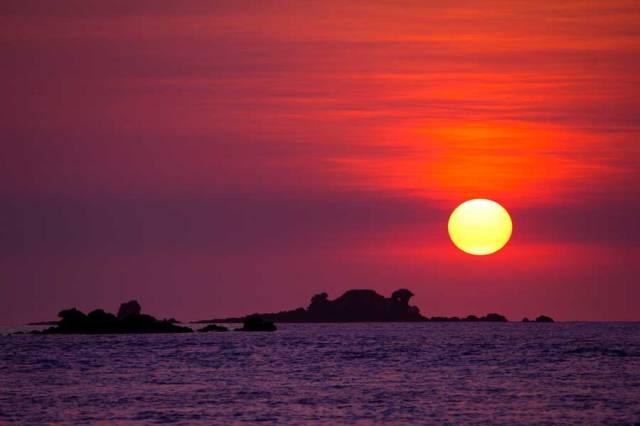 1Nessy-Sunset